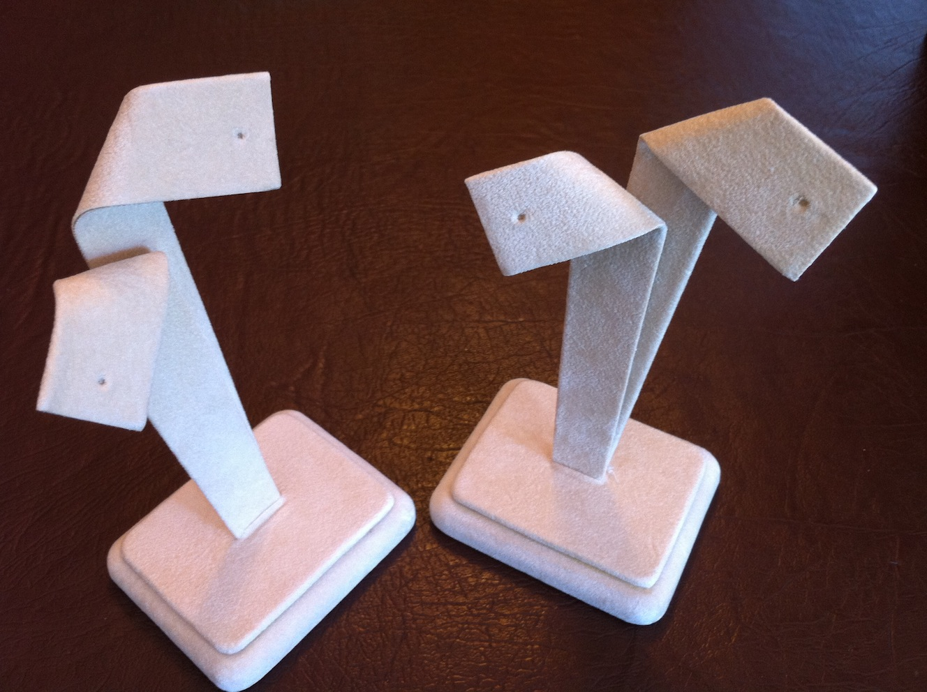 Bow Earring Stand Large