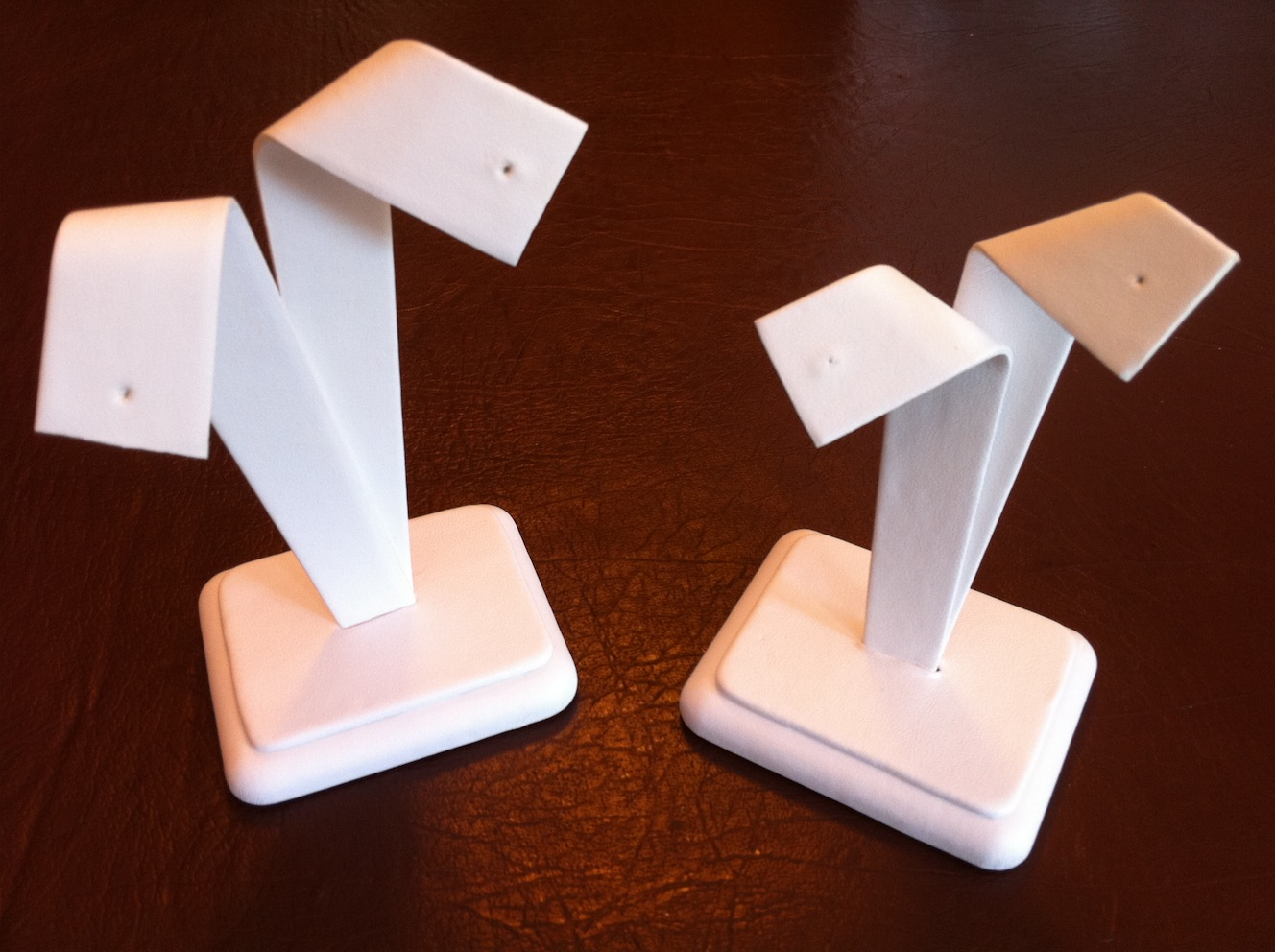 White Bow Earring Stand Large