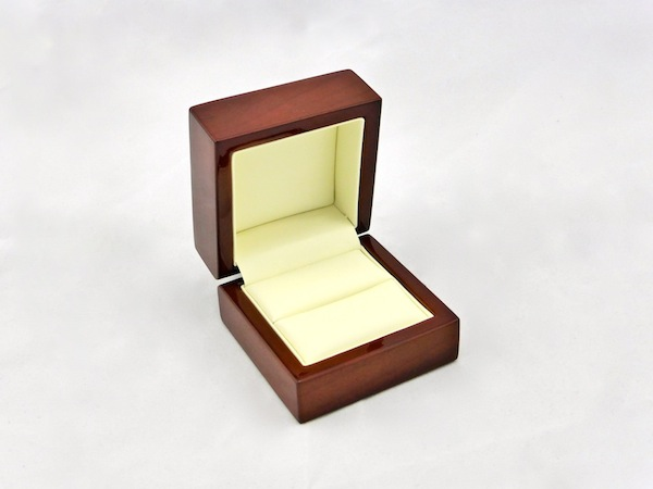 Timber Elegance Ring Box