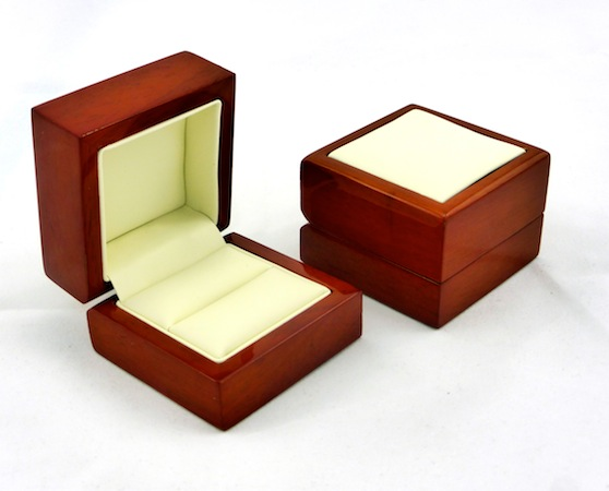 Red Timber Ring Box