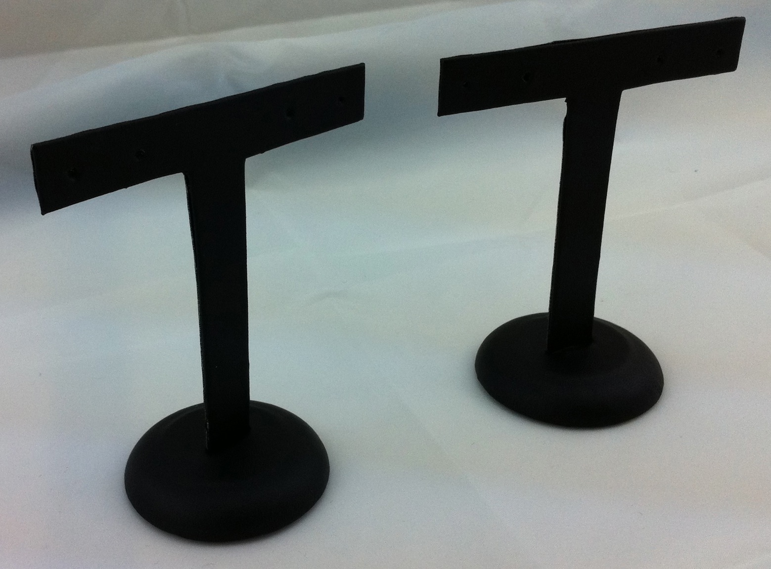 T Earring Stand Small