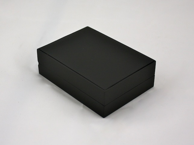 Pure Black/ Pure White Pendant/Earring Box