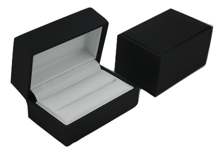 Black & White Double Ring Box