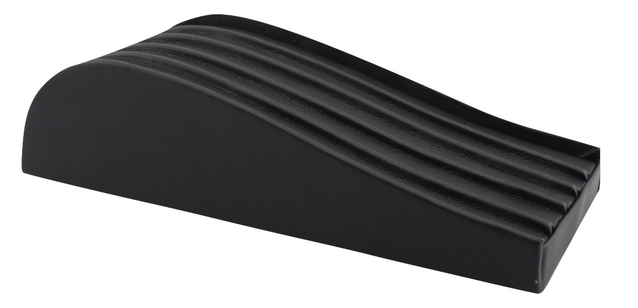 Black bracelet stand ridges