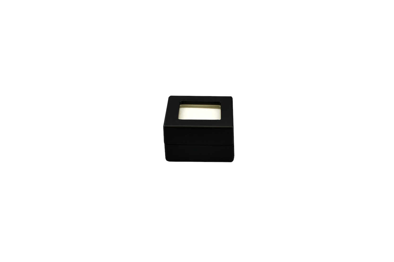 Black Diamond Box, white pad