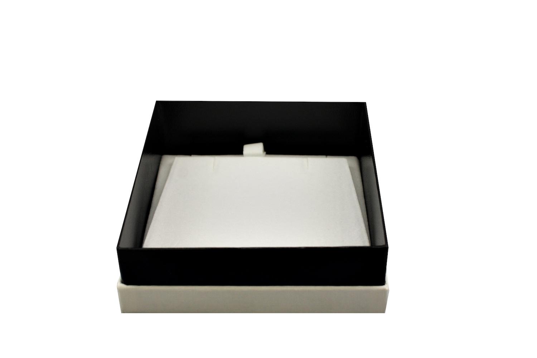 Little White Pendant Box