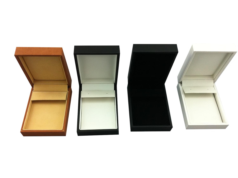 Black &White Huggy Earring Box