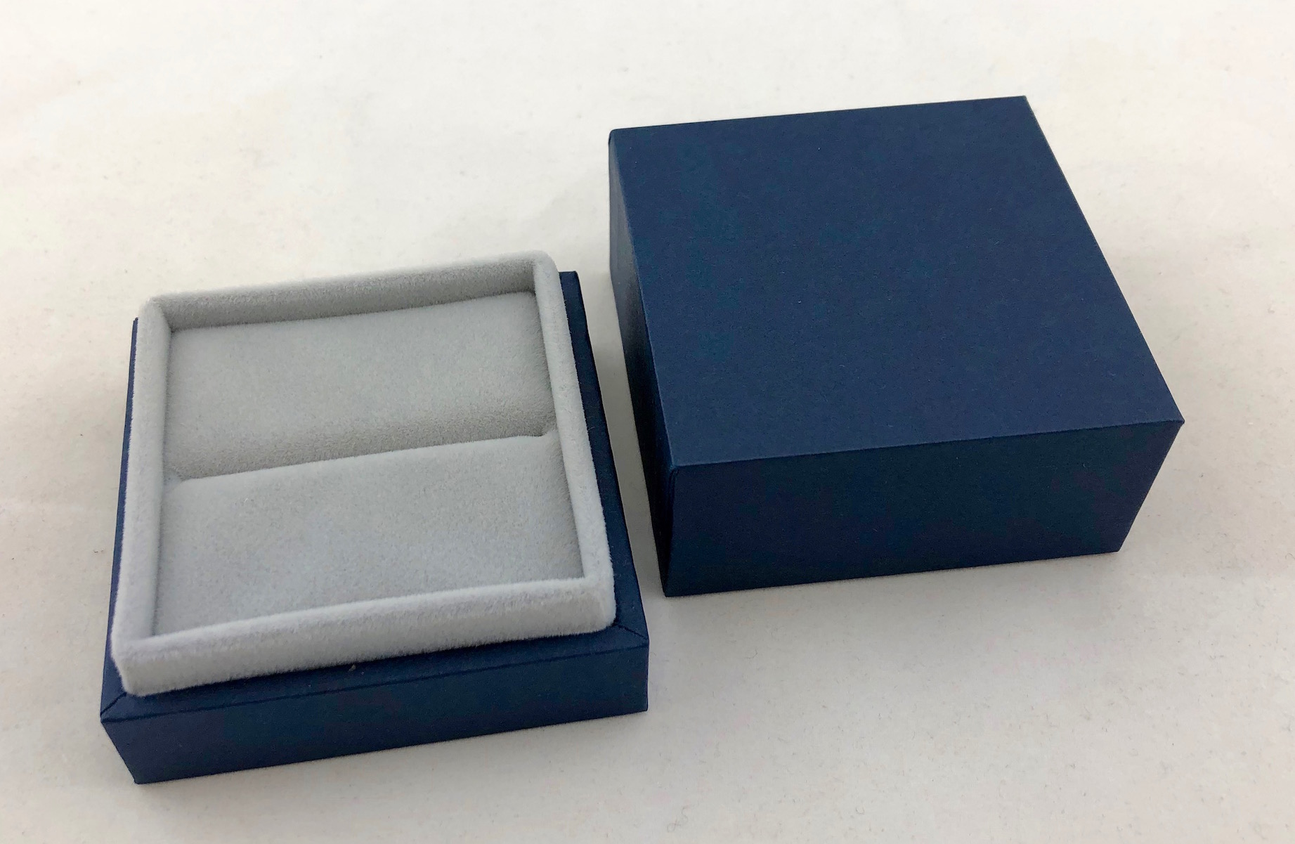 New Blue Envy Ring Box - open