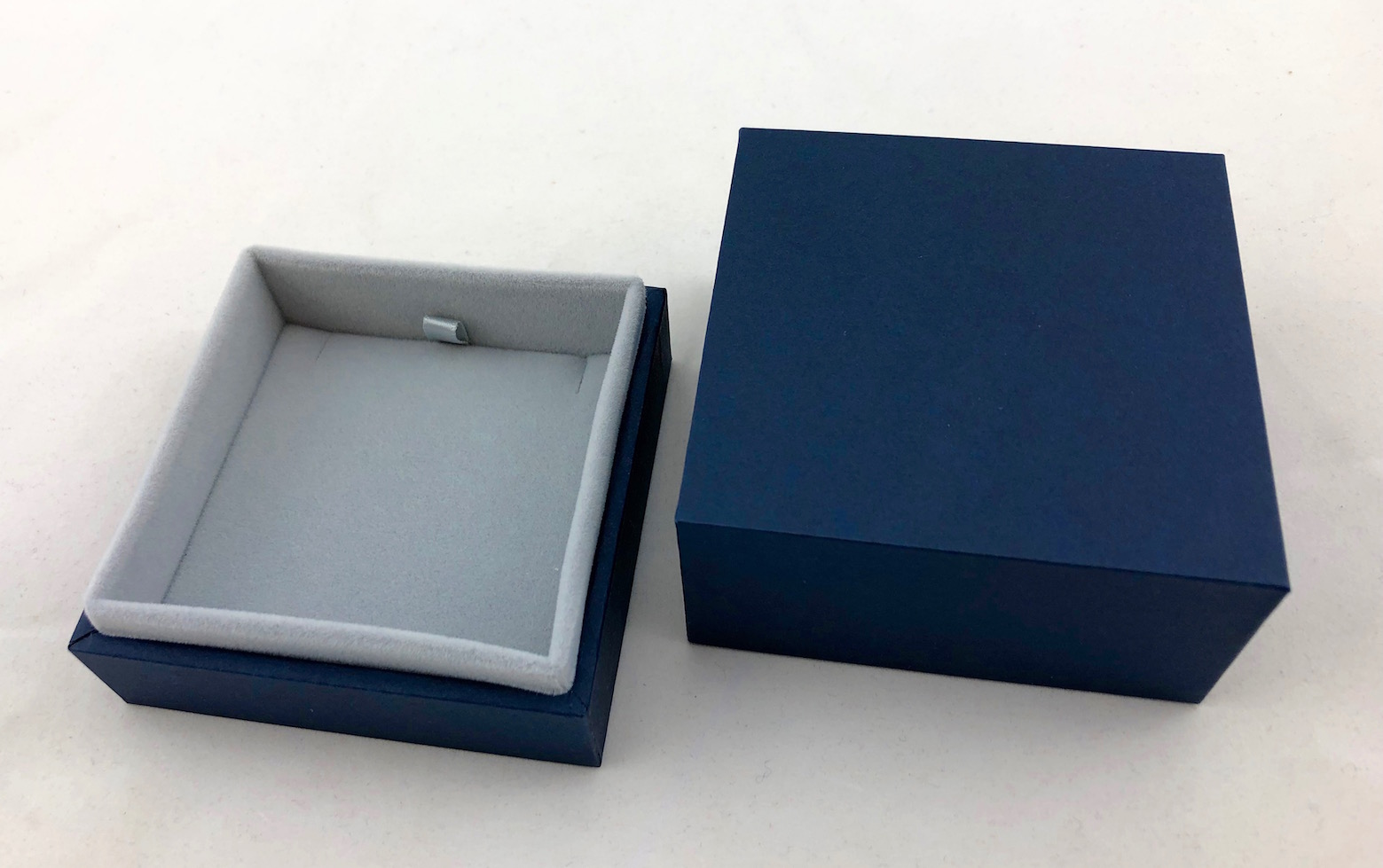 New Blue Envy Small Pendant Box
