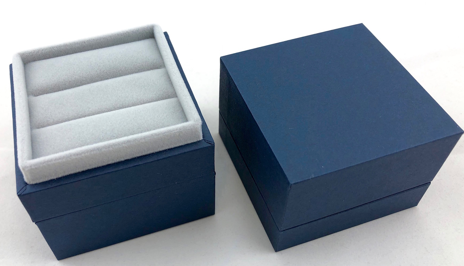 New Blue Envy Double Ring Box - open