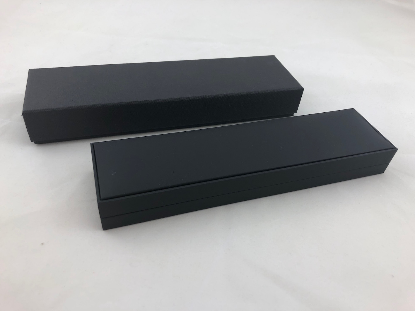 Black & White Pen Box