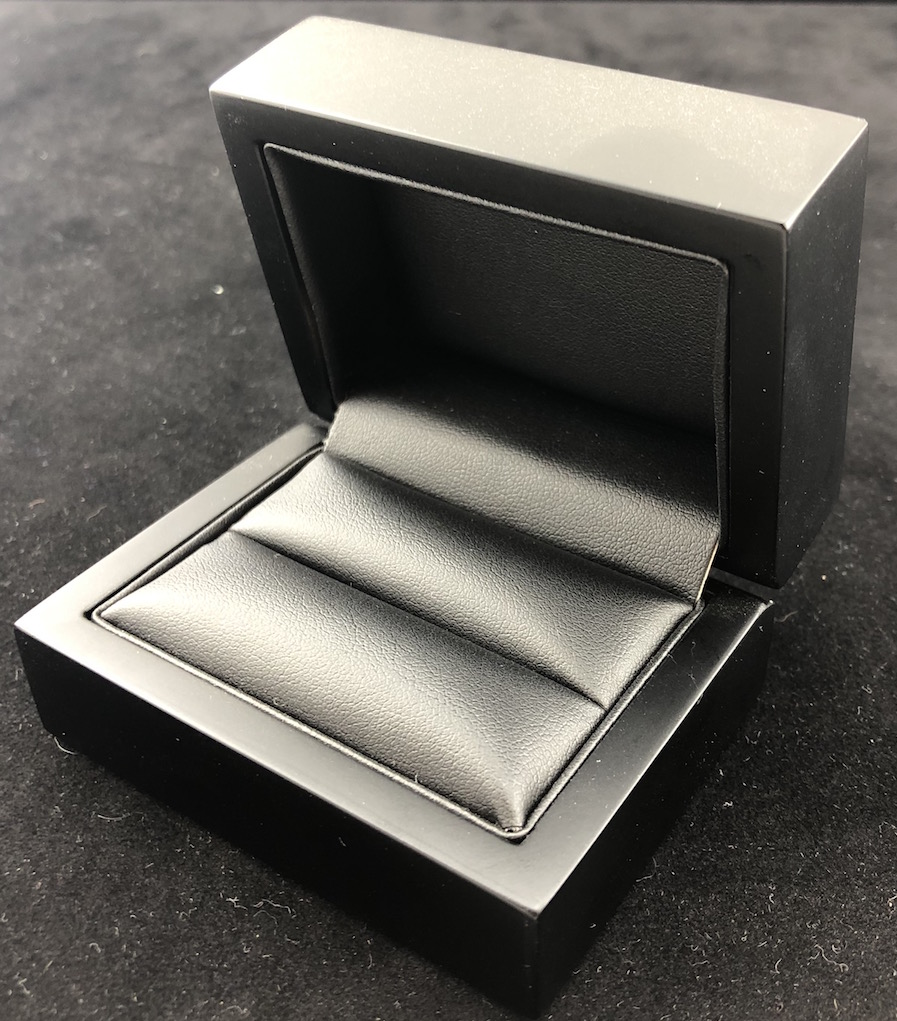 Midnight Elegance Slot Dble Ring Box