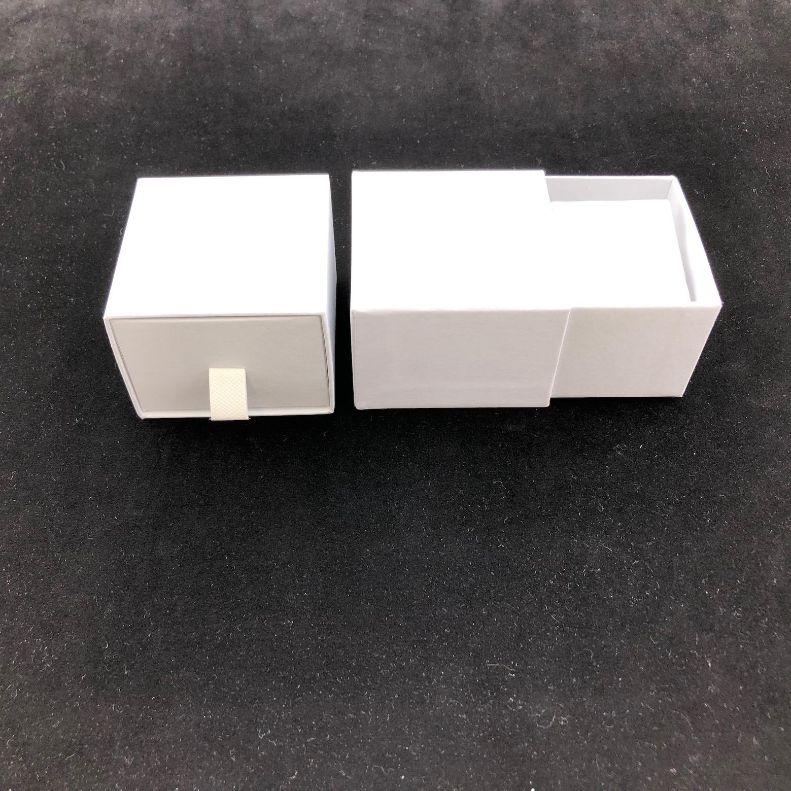 White Vogue Earring Box