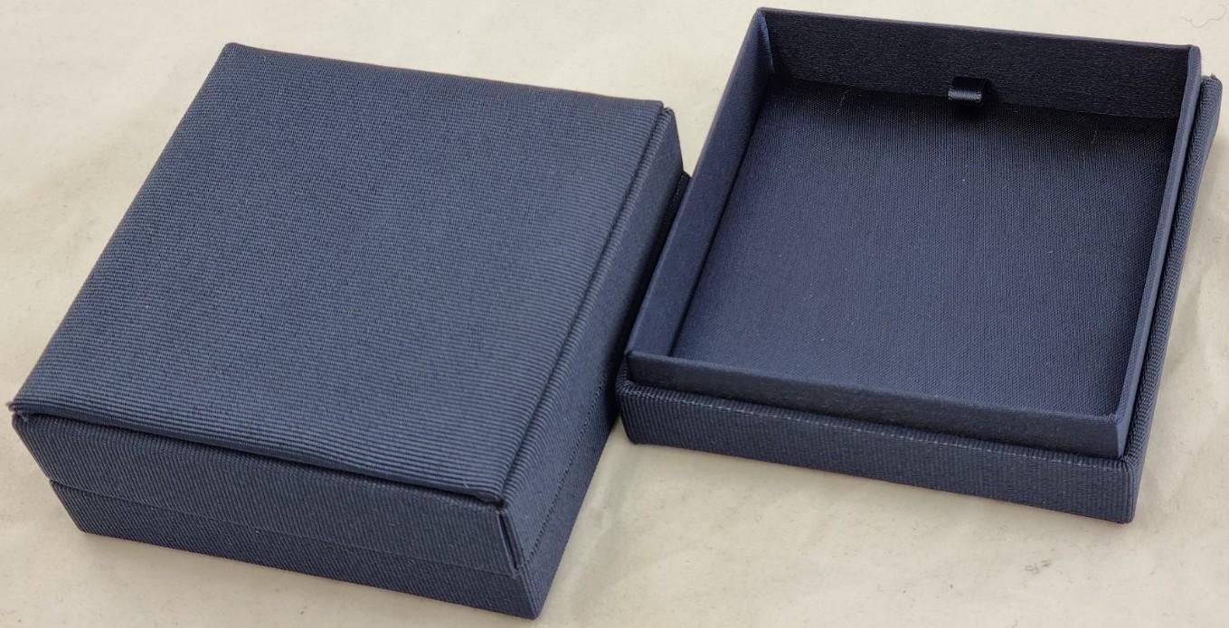 Blue Moon Pendant Box