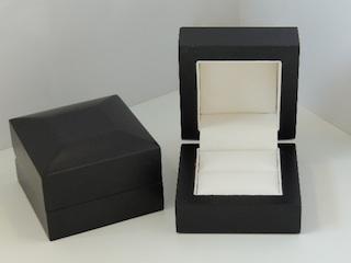 Black Storm Ring Box