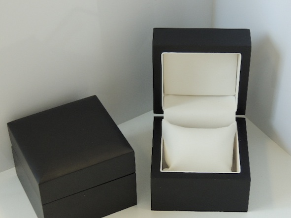 Black Storm Bangle/Watch Box
