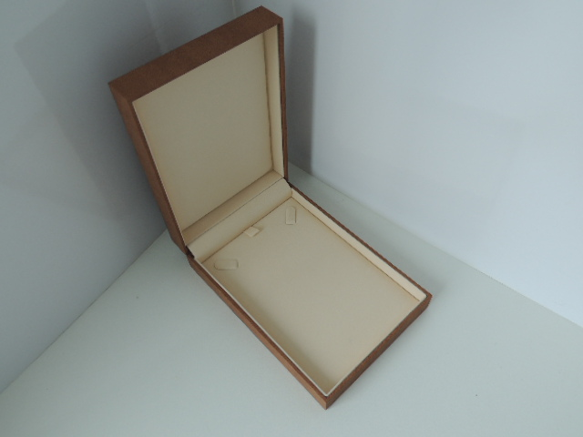 Brown Suede/ Light Brown Suede Mid Necklace Box
