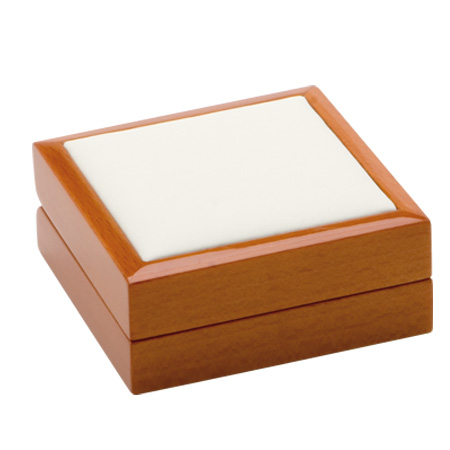 Luxury Leather Pendant Box Closed
