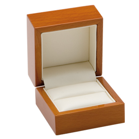 Luxury Leather Ring Box Open