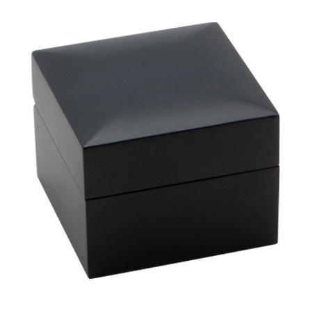 Modern Elegance Bangle Box Closed