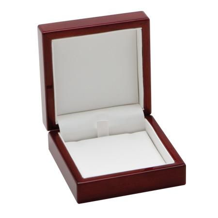 Traditional Elegance Pendant Box Open