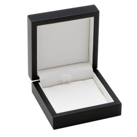 MOdern Elegance Pendant Box Open
