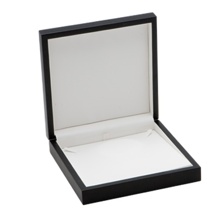 Modern Elegance Necklace Case Open
