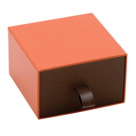 Orange Vogue Pendant Box