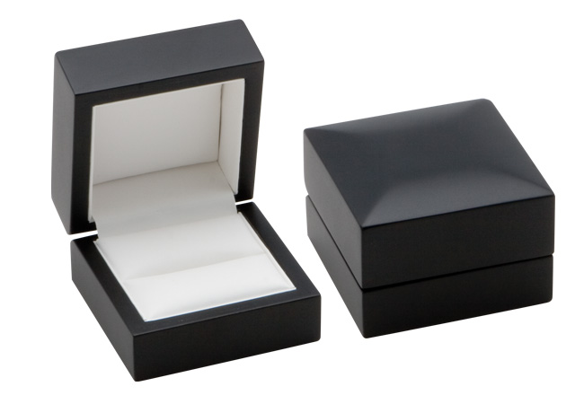 Modern Elegance Ring Box