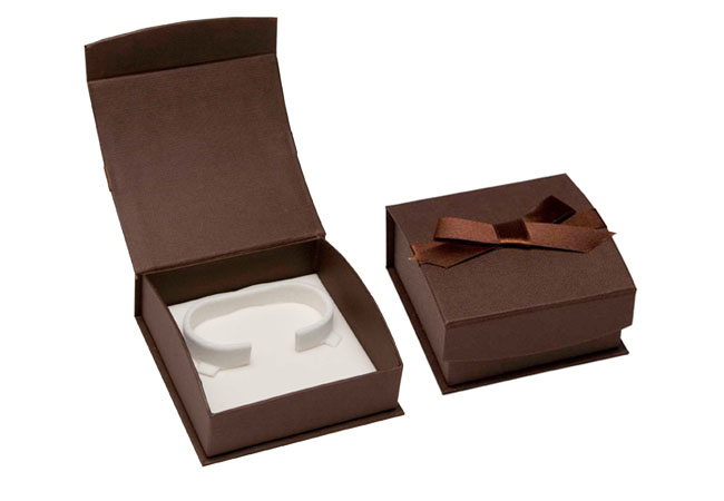 Chocolate Dreams Bangle Box