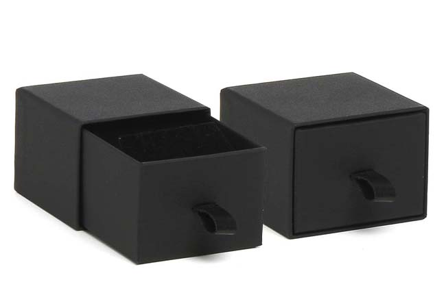 Black Vogue Earring Box