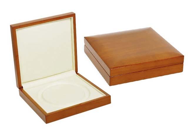 Pearl Necklace Box Tan